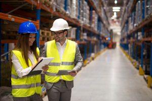 Quais os benefícios da implementação dos Centros de Distribuição Avançado?